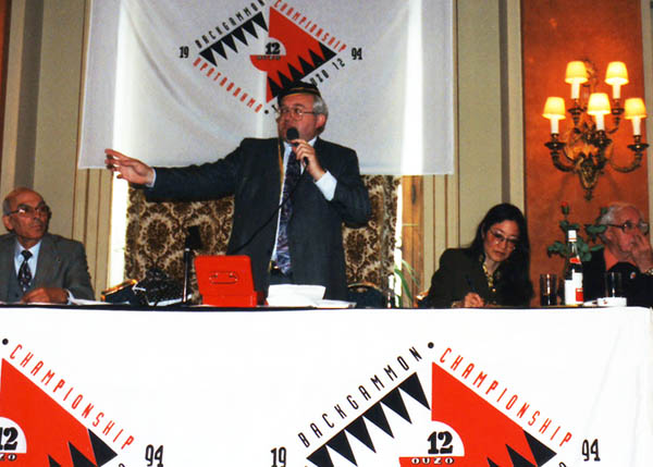 Peter Kalba Aucitoneer in Greece
